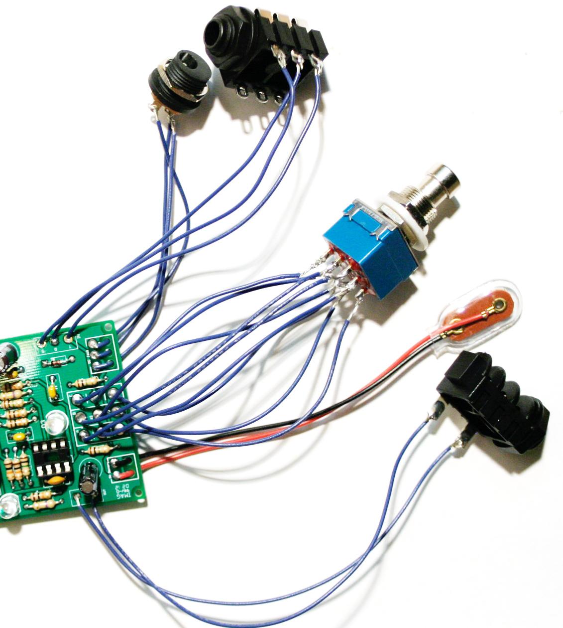 switches (stomp box version)  synthrotek