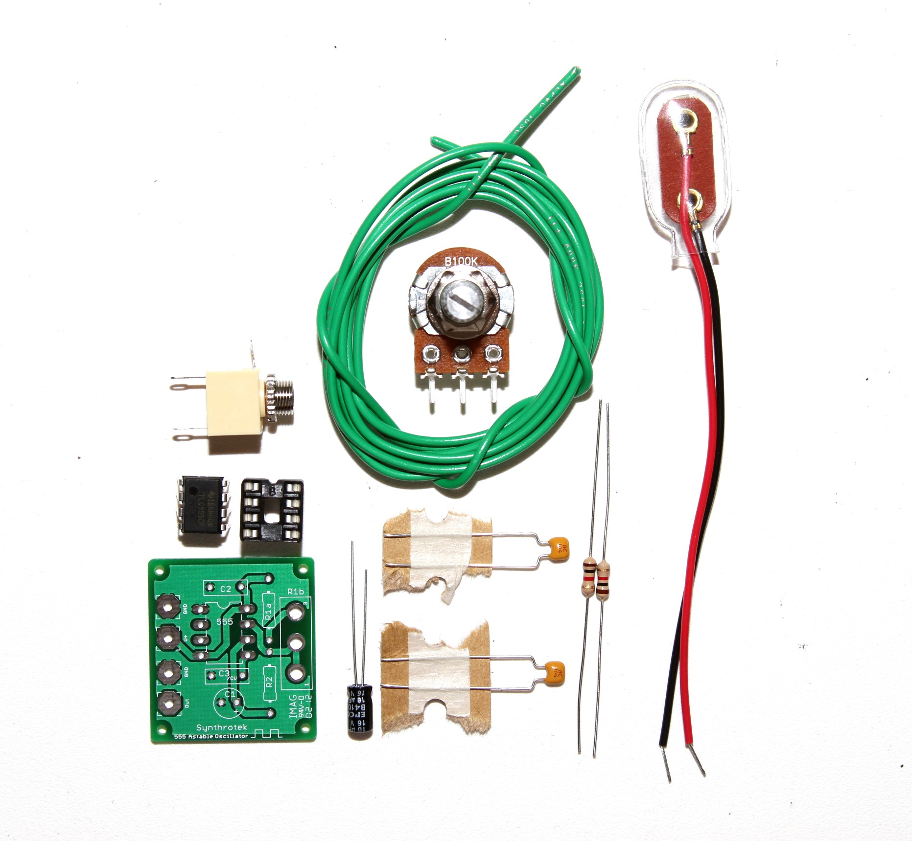 555 Timer Assembly Instructions Synthrotek Ne555 Circuit Projects Oscillator Lfo Diy Kit