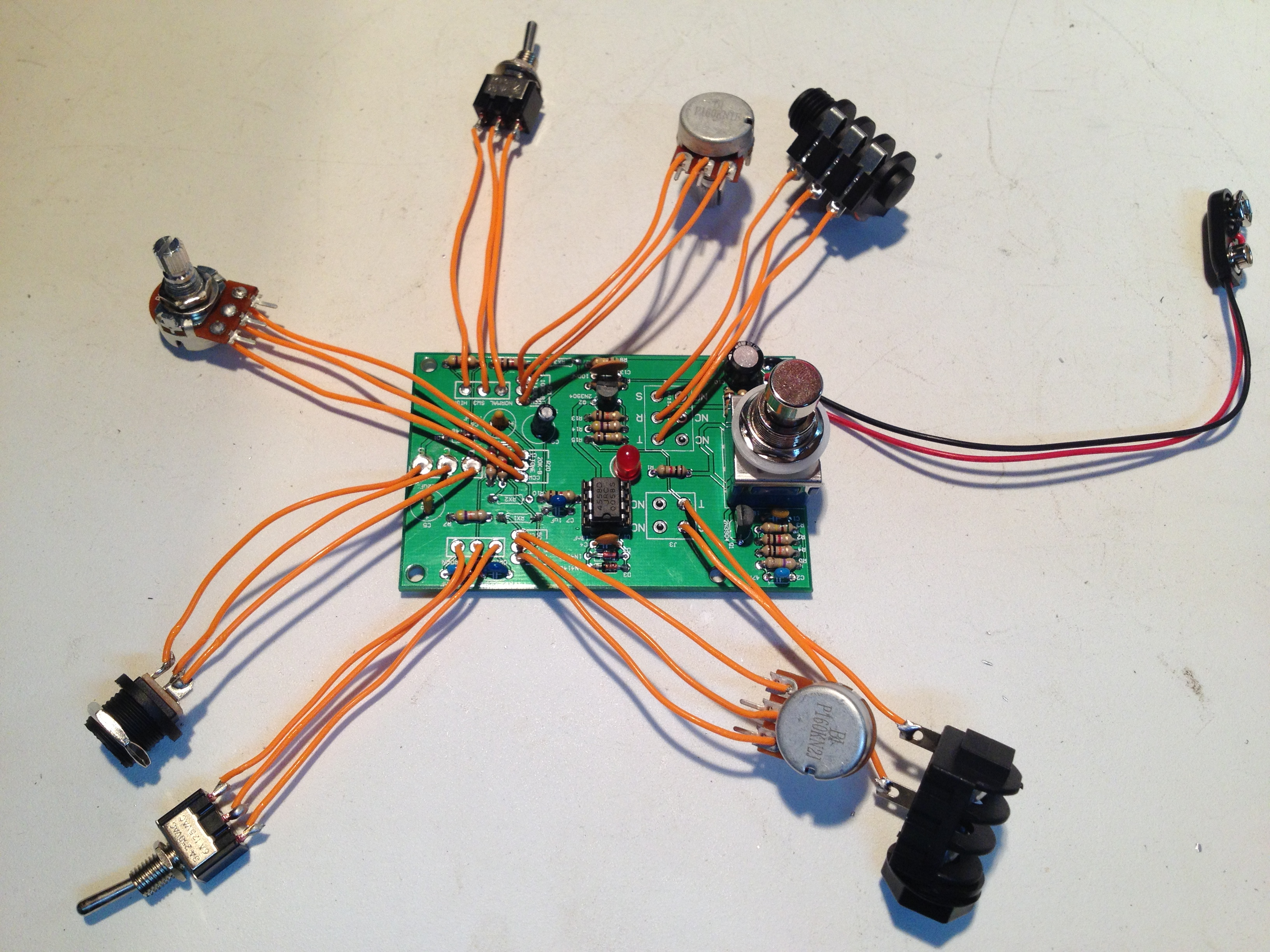 Tube Screamer Original Wired Synthrotek Wiring A Dc Jack Plug Also With Install The Potentiometers Orientation Shown Above Adjustment Knob Facing You Left Pin Should Be Connected To Contact