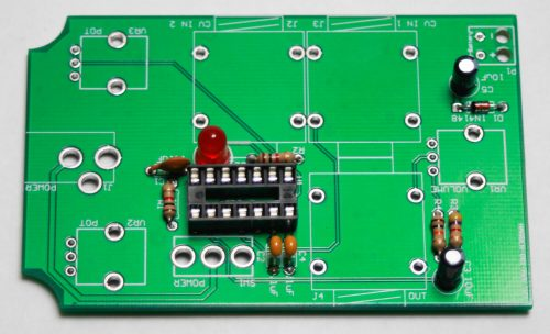 APC HANDHELD Capacitors and LED